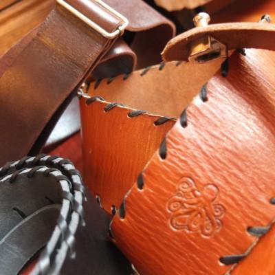 Swing Kraken: Correa de cuero piel artesana. Guitarra y bajo