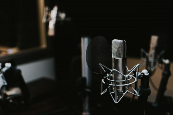 Hesfera Music  Discográfica/Productora