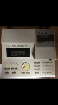 Secuenciador roland mc300