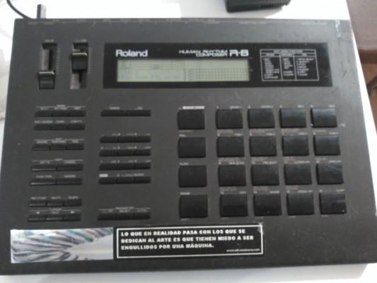 Caja de Ritmos Roland R-8