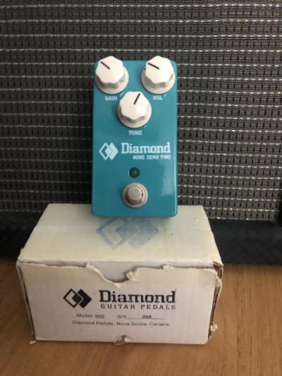 Diamond Nine Zero Two (nuevo cuesta casi 150€) un TS de Calidad