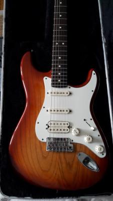Fender Stratocaster American Standard HSS Sienna Sunburst 2012