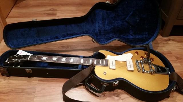 Cort cr200bv Bigsby guitarra