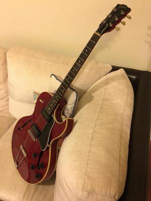 Gibson ES 135 cherry 1995
