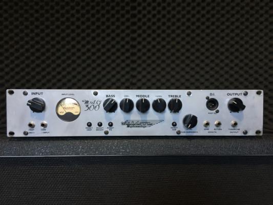 Ashdown mag 300R - made in England