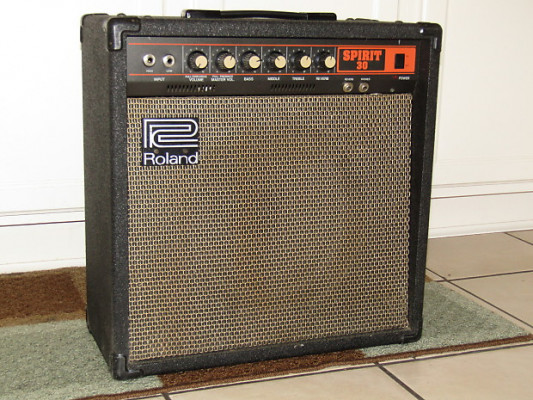 Roland Spirit 30 combo de guitarra