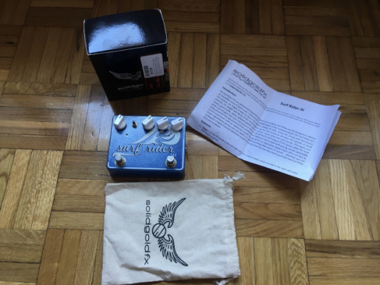 Reverb Solid Gold Fx Surf Rider III
