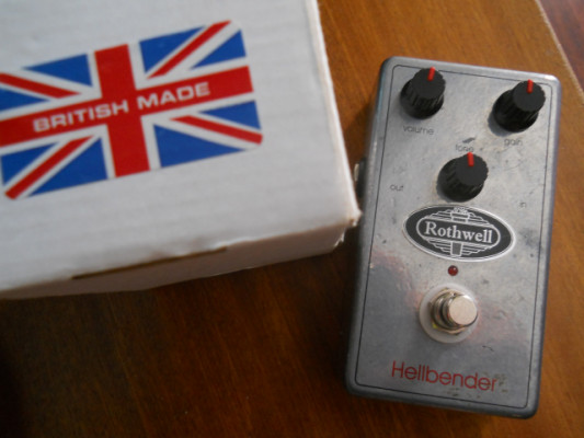 overdrive distorsion ROTHWELL HELLBENDER overdrive  tipo marshall