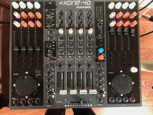 Vendo Allen&Heath Xone 4D