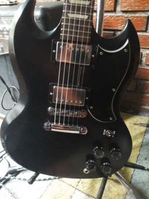 Gibson SG  60´s Tribute muy mejorada