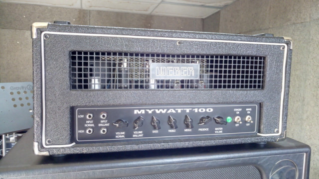 Amplificador Weber Mywatt 100 + Pantalla Port city wave 4x12