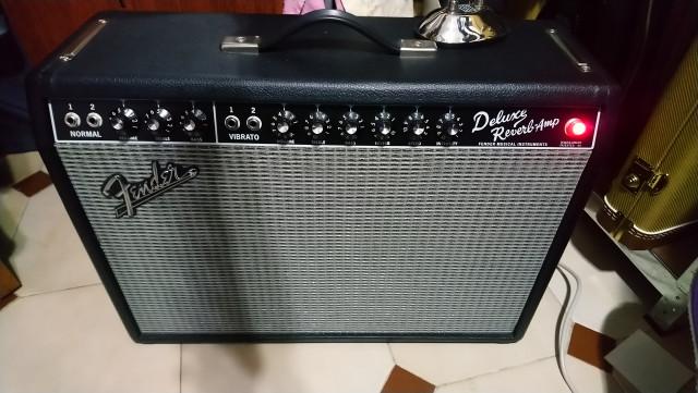 Fender deluxe reverb 65 no envío