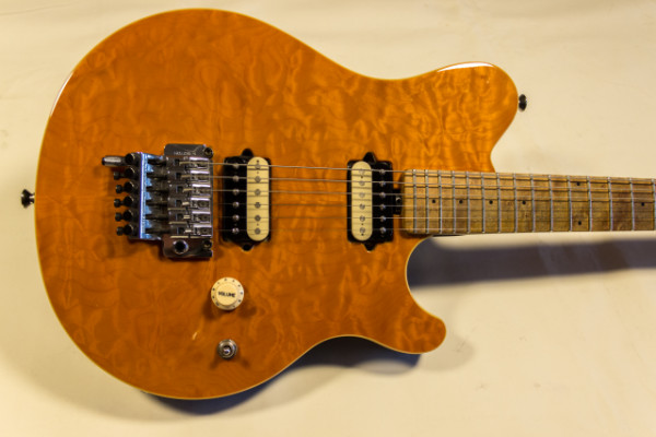 MusicMan Axis Trans Gold