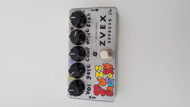 Varios pedales - ZVEX Fuzz Factory, EHX Little Big Muff, Fulltone
