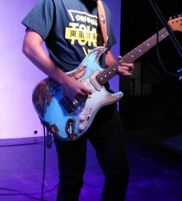 Fender strat relic classic player 60