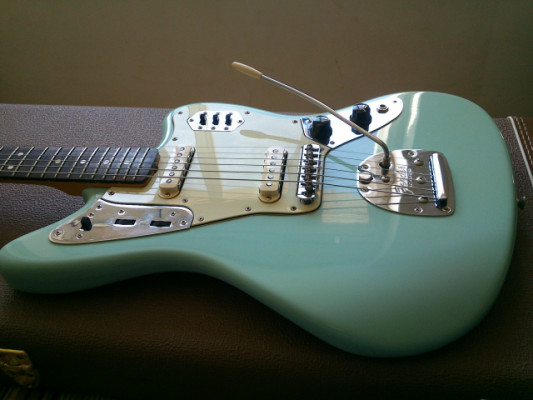 "Fender Jaguar ""Thin Skin"""