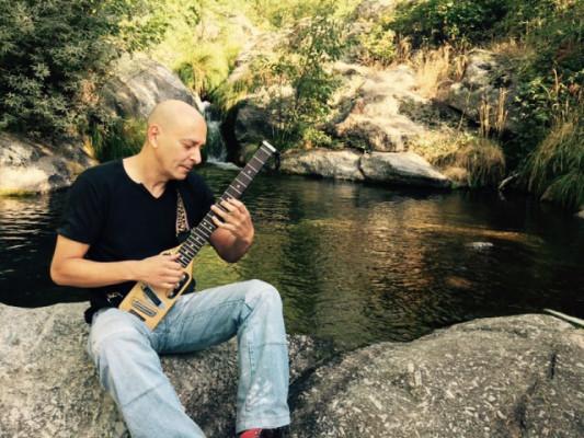 Clases de guitarra online. Rafa Toral