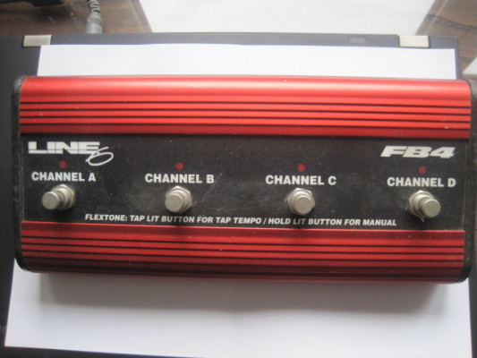 Pedal controlador FB4 de multiefectos Pod Line 6