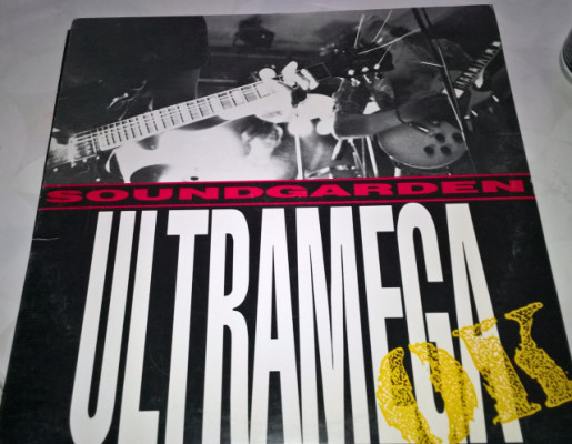 SOUNDGARDEN - ULTRAMEGA 1988