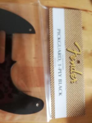 Fender Baquelita pickguard