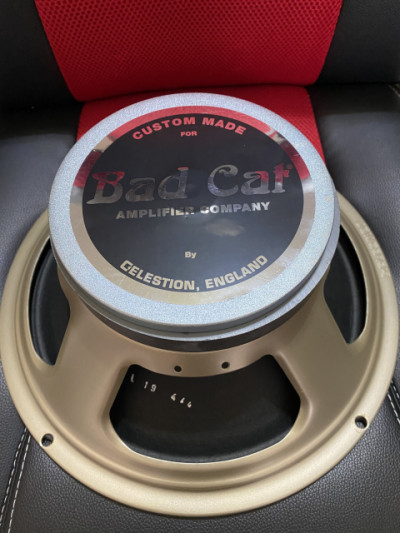 Altavoz 12 Celestion Bad Cat v30 England 65w