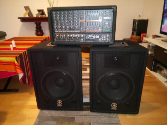 Yamaha amplificador y altavoces.