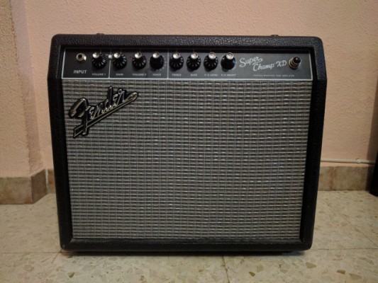 Vendo amplificador fender super champ