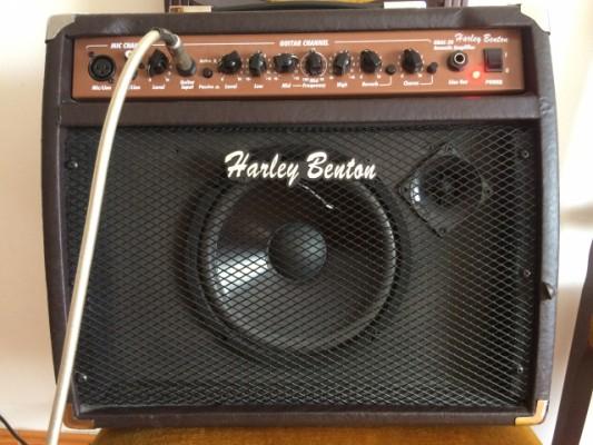 Ampli Harley Benton HBAC-20 para guitarra voz teclado monitor