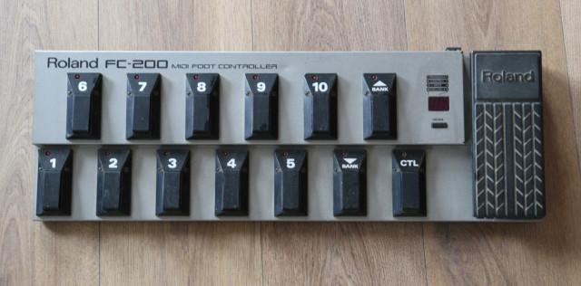 reservada PEDALERA MIDI ROLAND FC200