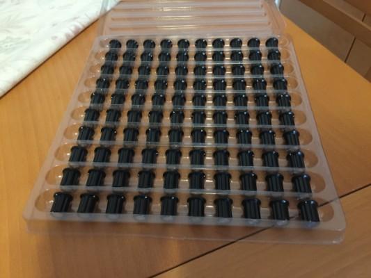 100 perillas de potenciómetro (knobs) modelo vintage Doepfer