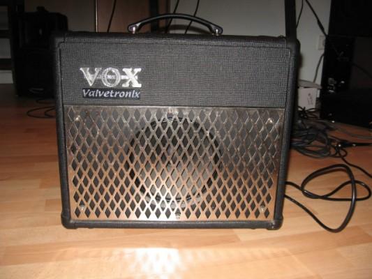 Vox AD15 VT. Híbrido Valvetronix