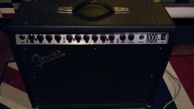 Fender Roc Pro 1000 (envío incluido)