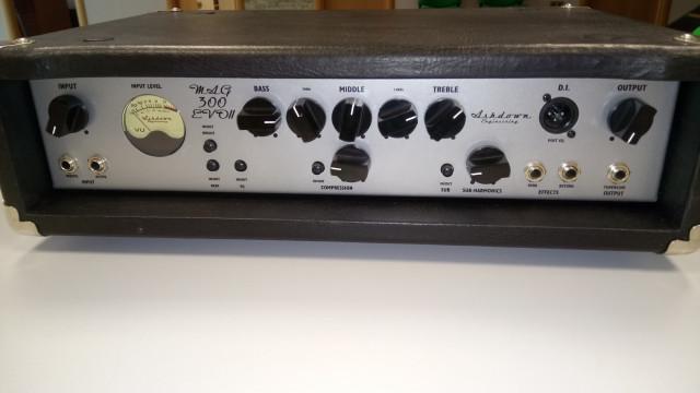 Amplificador Ashdown Mag 300 evo 2
