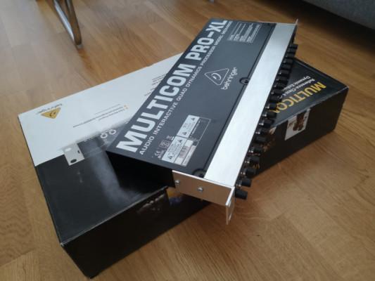 BEHRINGER MULTICOM PRO XL - MDX4600