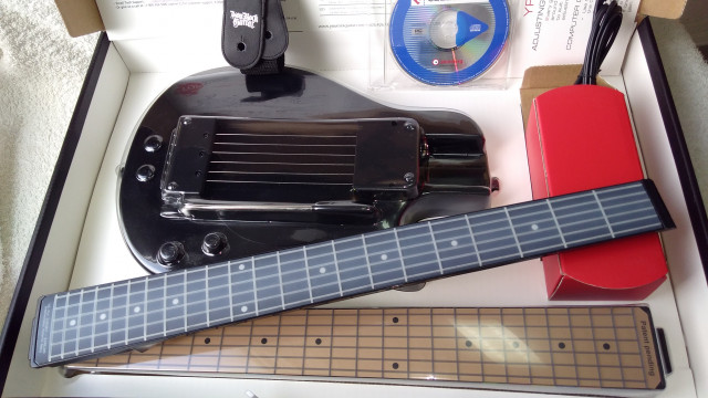 YouRock Guitar 2 + mástil strato claro