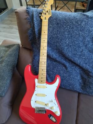 Fenix Stratocaster serie E10