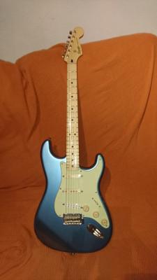 squier stratocaster classic vibe 60 lake placid blue con pastilla