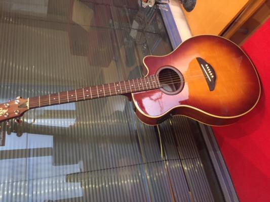 Guitarra Acústica YAMAHA APX 4A SPL
