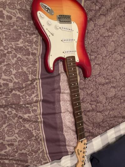 Combo guitarra Eléctrica y Amplificador