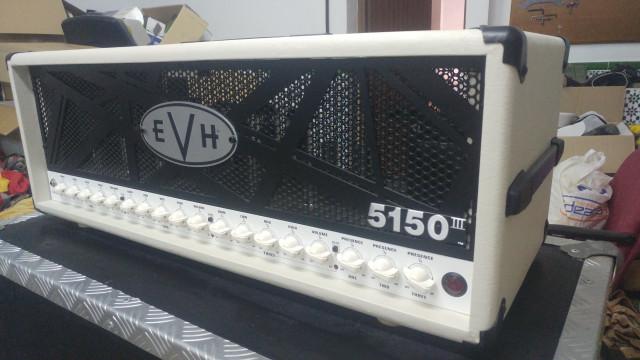 EVH 5150 III Ivory 100w Seminuevo.