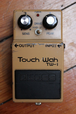 Boss touch Wah vintage. Cambios???