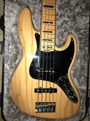 Fender Jazz Bass American Elite V Impecable