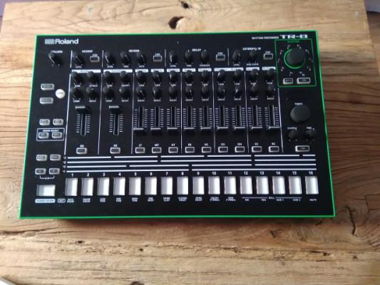 Roland TR-8 + DECKSAVER