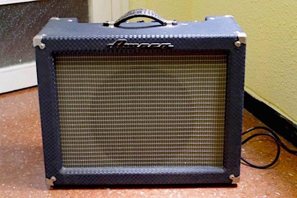 Ampificardor Ampeg SJ 12R Superjet
