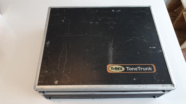 T-REX Tonetrunk Pedalera con maleta