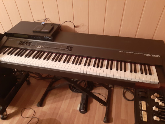 Piano digital Roland RD300
