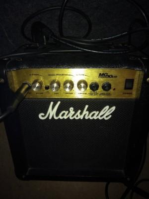 Amplificador Marshall MG 10 CD