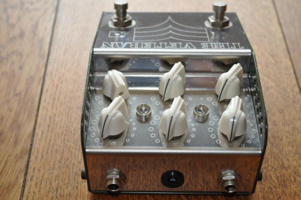 ThorpyFX Veteran Silicon (Doble pedal fuzz y Rangemaster boost)