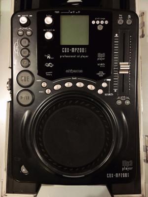 CD . MP3 Scratch Akiyama con Flycase