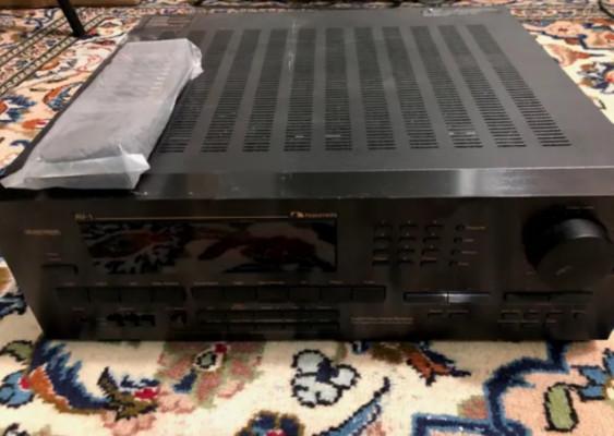Amplificador Nakamichi AV1
